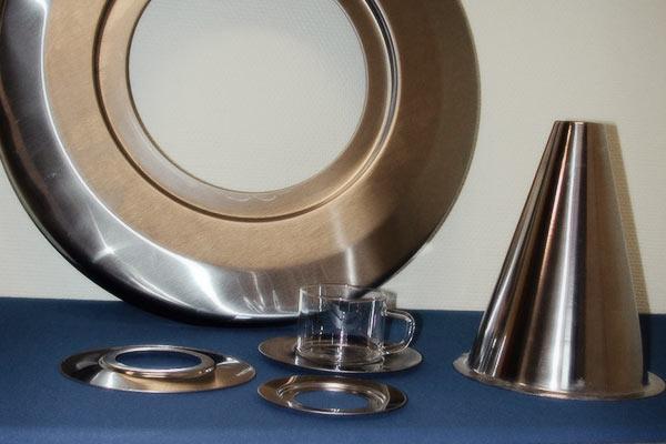 Djupdragning / hydraulpressning av detaljer i rostfritt material